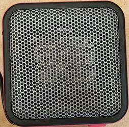 AmazonBasics 500-Watt Ceramic Personal Heater - Pink