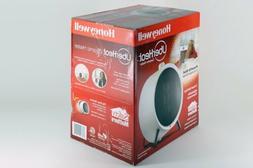 Honeywell HCE200W Uberheat Portable Ceramic Heater, White, N