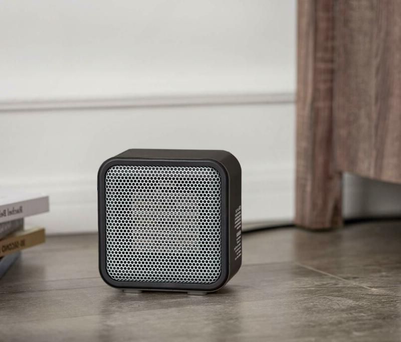 Basics 500-Watt Ceramic Small Space Personal Heater - Black
